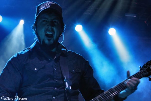 photo-guitar-Aaron-Fink-BreakingBenjamin-lichnie-foto-Here-We-Are-2010