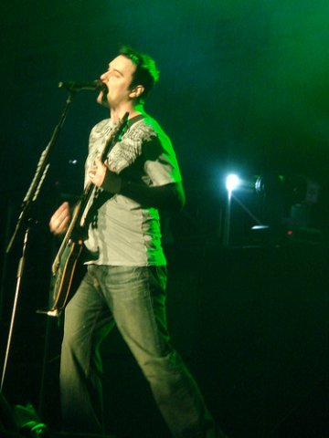 fotos-live-vocal-Ben-Burnley-BreakingBenjamin-home-foto-Water-2008