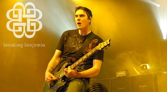 photos-vocalist-Benjamin-Burnley-BreakingBenjamin-home-foto-Intro-2004