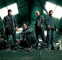 Breaking-Benjamin-Give-Me-a-Sign-2009_1