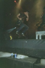 photo-leader-Ben-Burnley-Breaking-Benjamin-chastnie-foto-Rain-2002