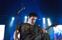 photo-leader-Ben-Burnley-Breaking-Benjamin-personal-life-No-Games-2011