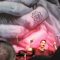 photos-vocal-Benjamin-Burnley-BreakingBenjamin-home-foto-So-Cold-2012